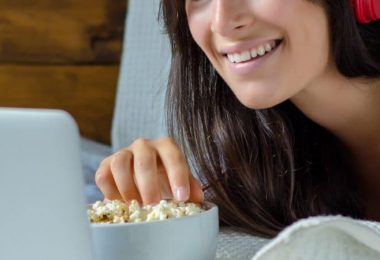 Top Advantages of Watching Free Movies Online